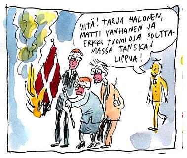 Halonen, Tuomioja ja Vanhanen polttamassa Tanskan lippua
