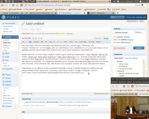 Kuvakaappaus Gnome-työpöydästä, jolla WordPress ja YLE Areena