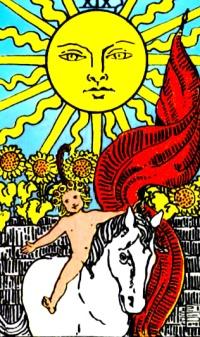 Auringossa ratsastava lapsi