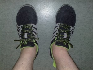 Merrellin Barefoot Bare Access (black/gecko) -kengät jaloissani